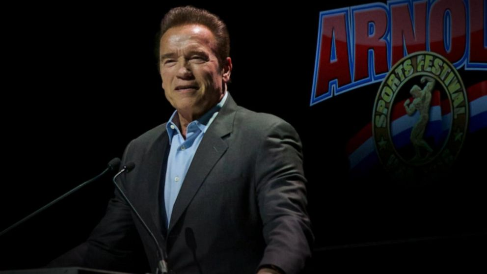 Schwarzenegger kicked by man but won't press charges