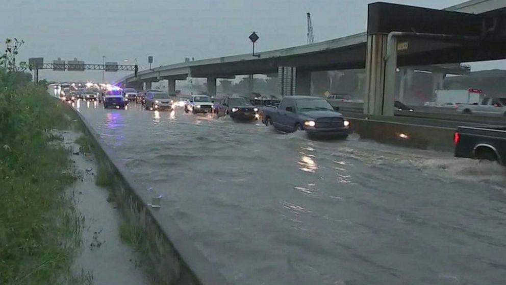 Heavy rain, flash flooding expected in Plains, Gulf Coast