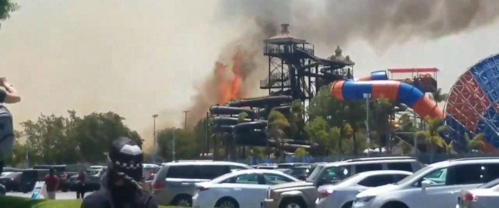 VIDEO: Wildfires force evacuations at Six Flags park