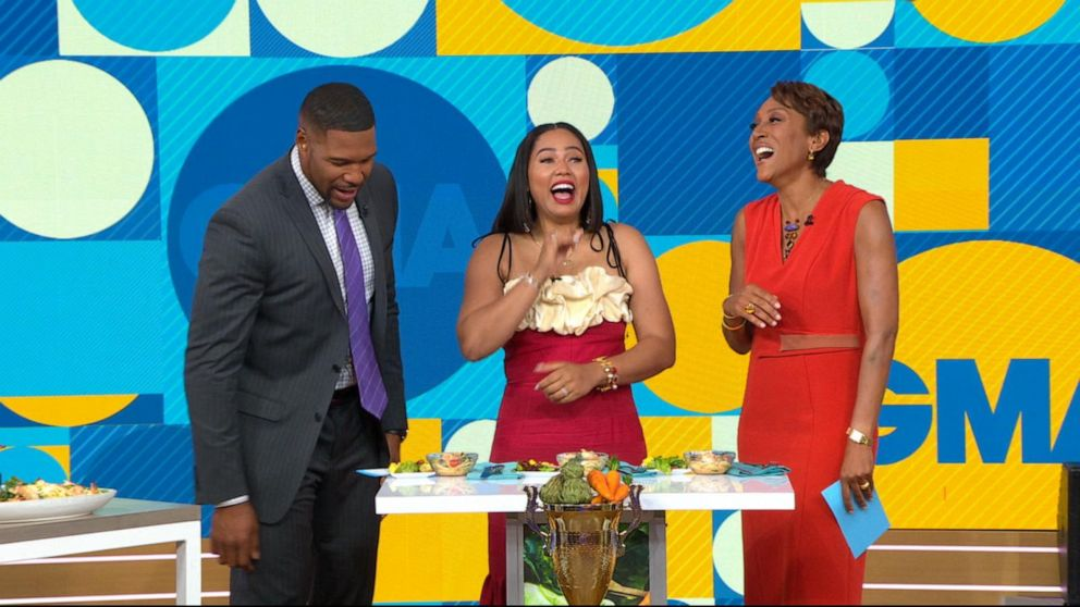 Ayesha Curry judges 2 weeknight meal recipes from 'GMA' viewers