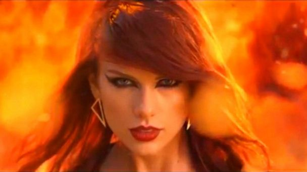 Taylor Swift blasts producer for 'manipulative bullying' after he buys music catalog
