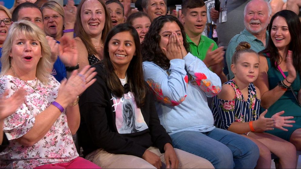 Taylor Swift Superfans Surprised With Tickets To Her Gma Concert Video Abc News