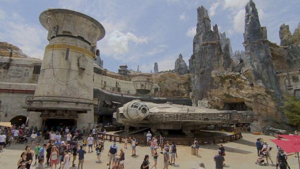 Star Wars: Galaxy's Edge opens at Walt Disney World