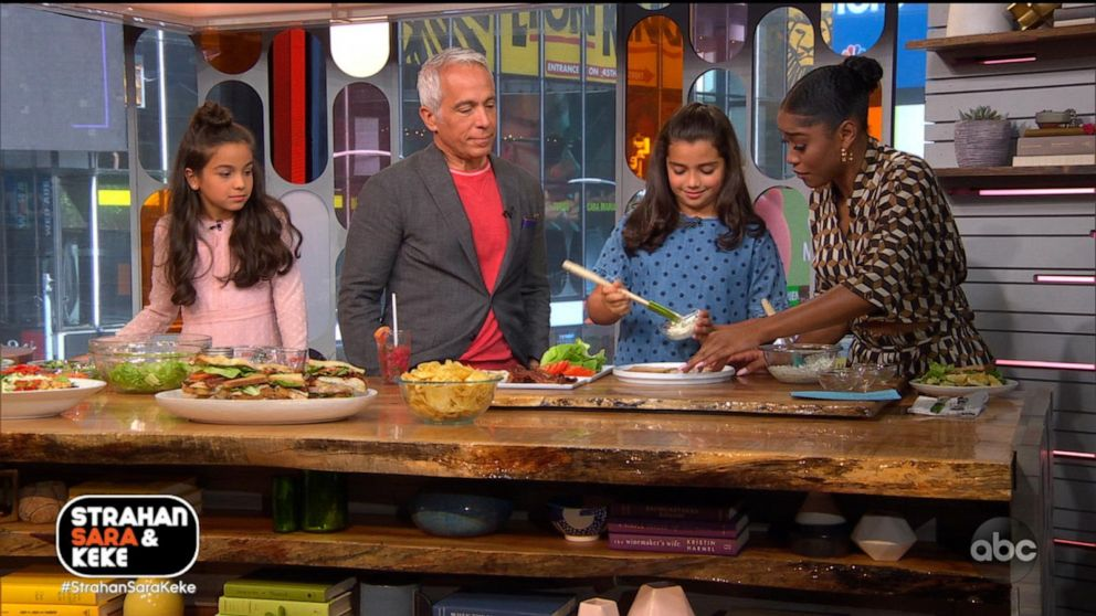 Simple school lunches with chef Geoffrey Zakarian and his daughters