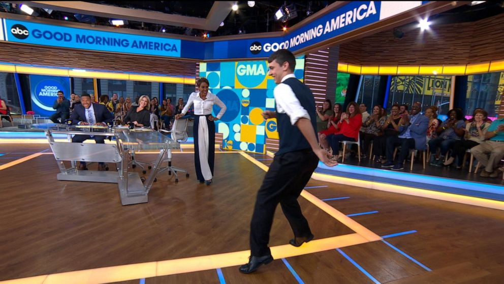 Viral Dancing Usher From Jonas Brothers Concert Brings His Moves To Gma Video Abc News