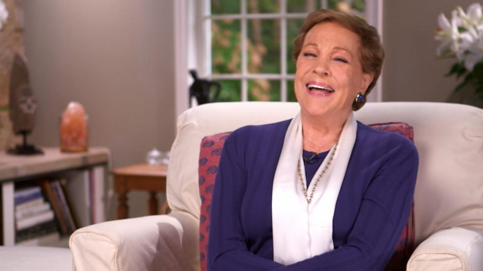 Julie Andrews recalls the love scene that made her legs 'buckle'