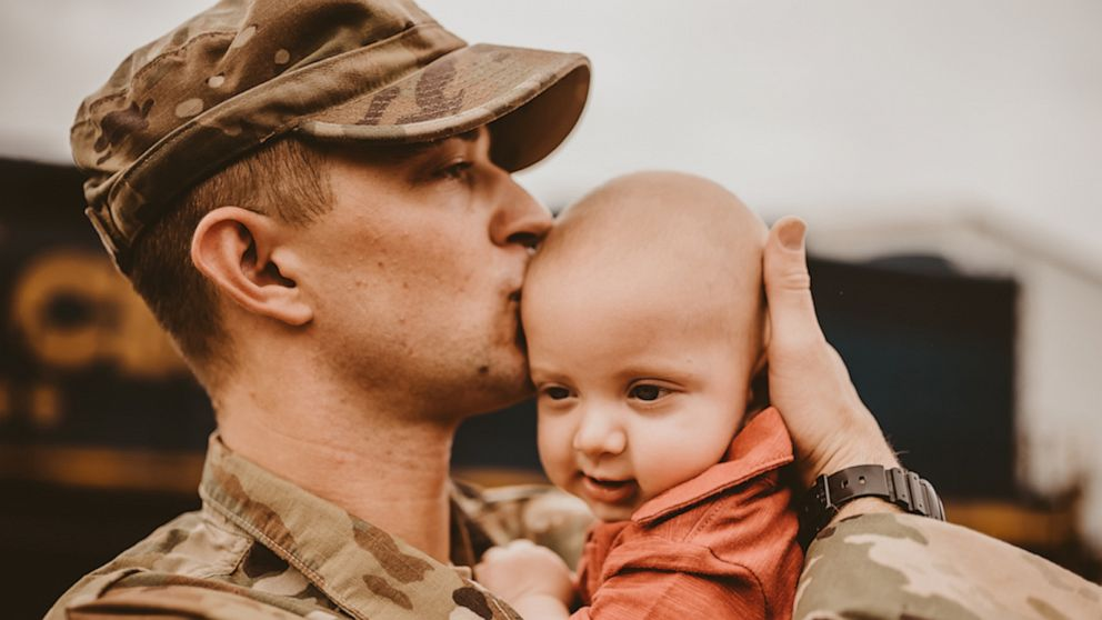 Military dad meeting 6-month-old son for the first time captured in sweet photos