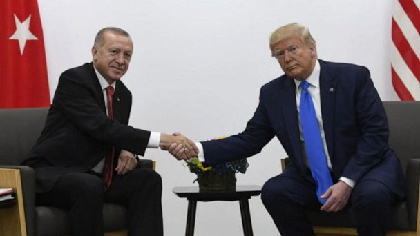 Trump threatens Turkey with new sanctions