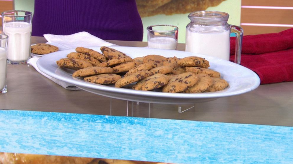 Easy and delicious cookies that are free of gluten, nuts and dairy