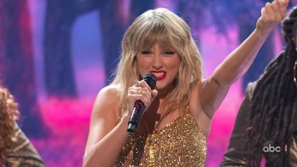 Taylor Swift breaks AMAs record with 29th win
