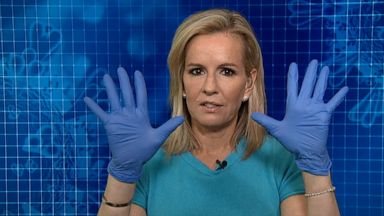 VIDEO: Should you wear gloves while you grocery shop?