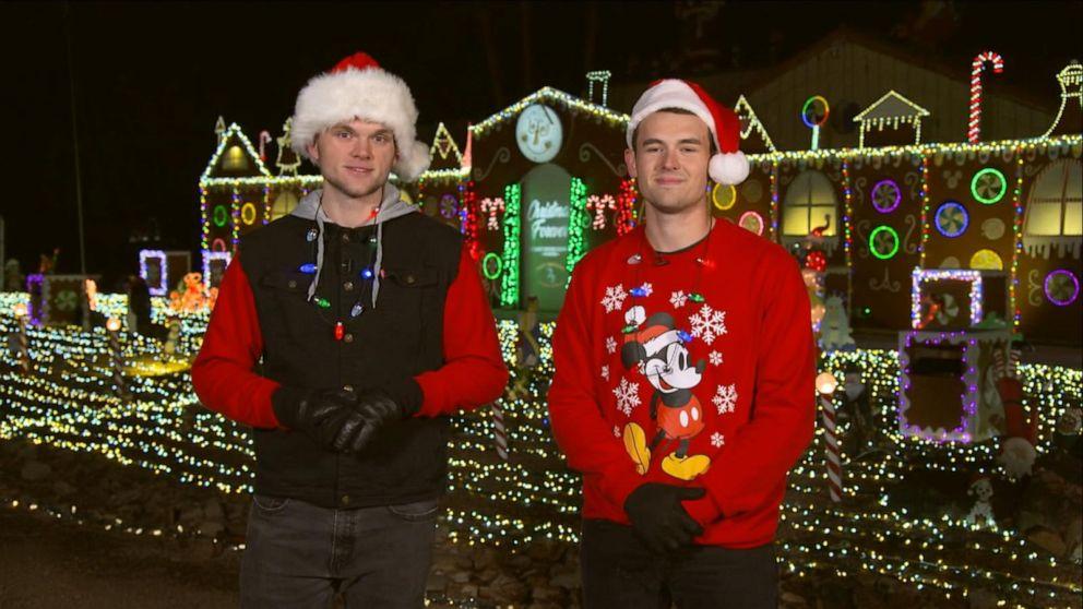 Gma Christmas Show 2021 Kyle And Sammy Pratt Debut Their Extravagant Christmas Light Display On Gma Video Abc News