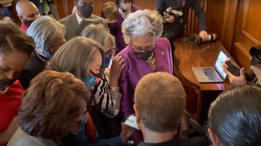 VIDEO:Congressional Black Caucus members listen as Derek Chauvin verdict read by Minnesota judge