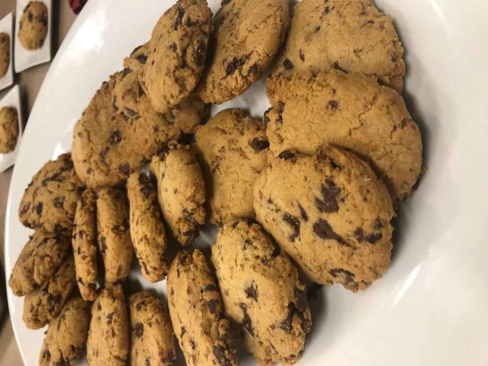 PHOTO: Lorraine Pascale shares her gluten-free chocolate chip cookie recipe with GMA.