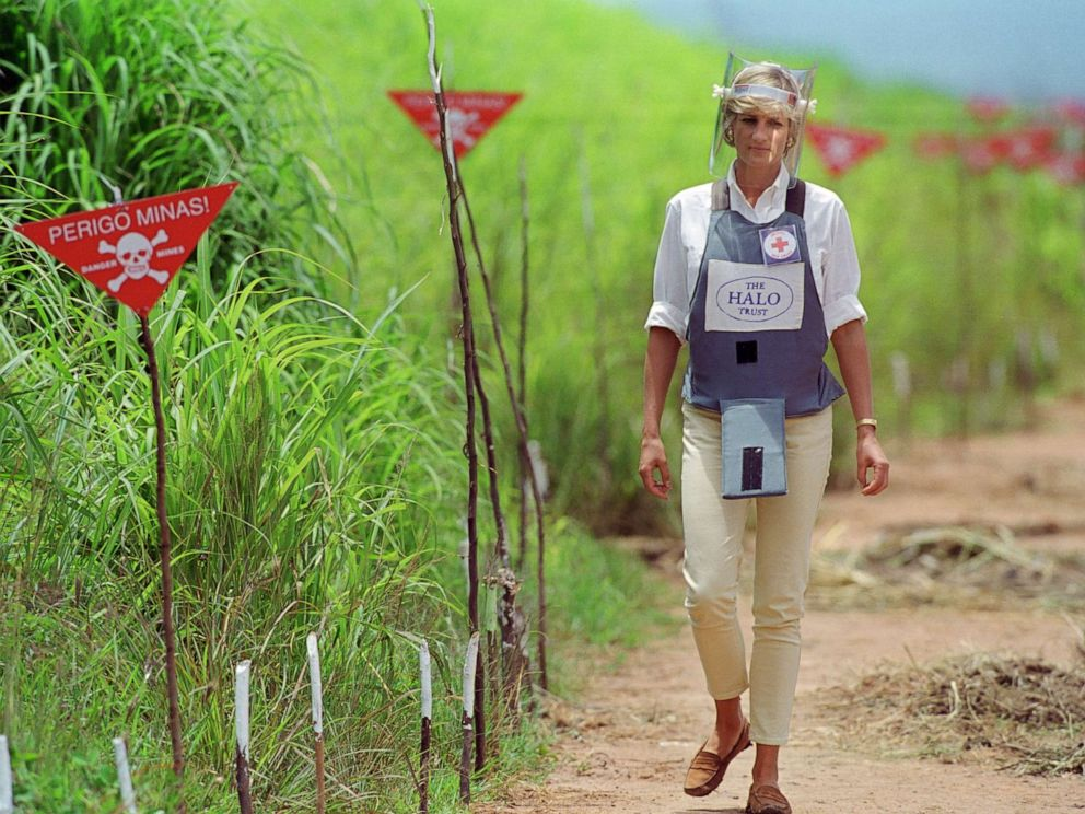 PHOTO: Diana, Princess of Wales wears protective body armor and a visor while visiting a landmine minefield being cleared by the charity Halo in Huambo, Angola, Jan. 15, 1997.