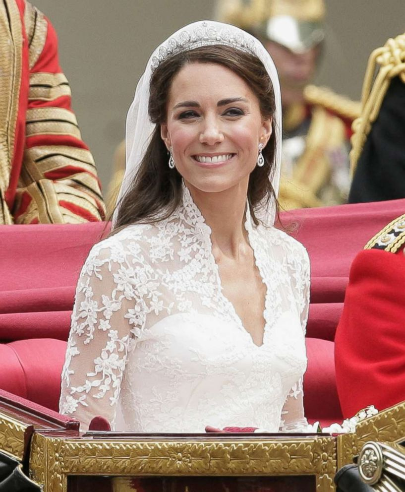 PHOTO: Duchess Kate travels to Buckingham Palace in a horse drawn carriage following her wedding at Westminster Abbey, April 29, 2011, in London.