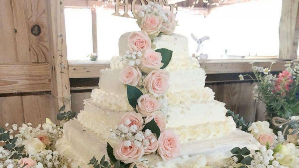 This Diy Costco Wedding Cake Hack With Trader Joe S