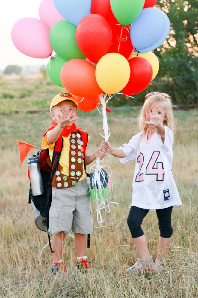 PHOTO: Twin siblings Elijah and Emilee pose for their fifth birthday photoshoot.