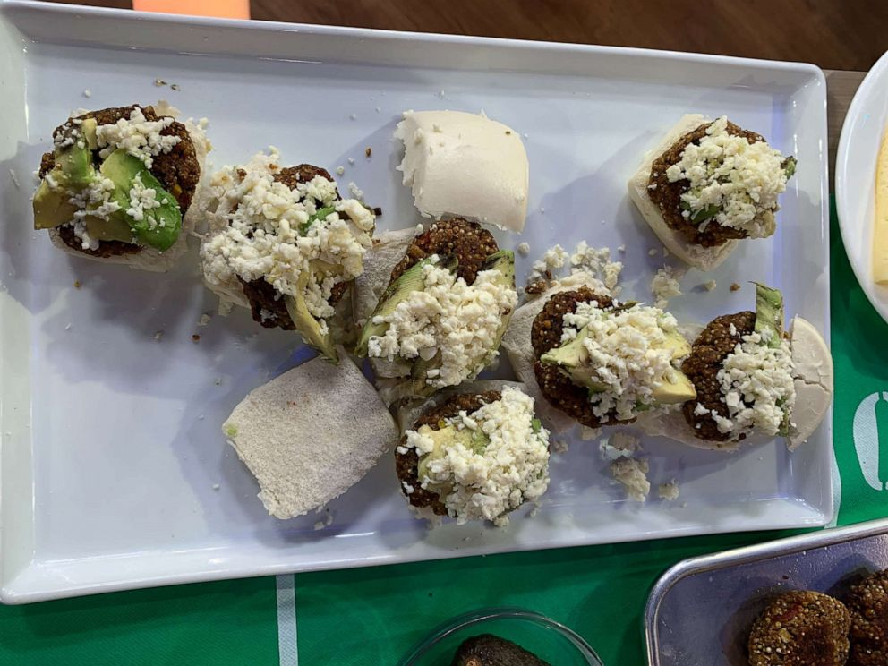 PHOTO: Samantha Davis spicy quinoa veggie burgers made on GMA.