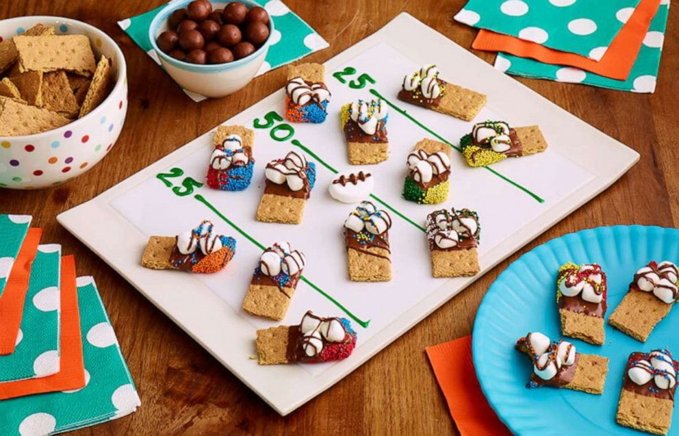 PHOTO: These s'mores dippers made with Hersey's chocolate bars and marshmallows are a sweet treat.