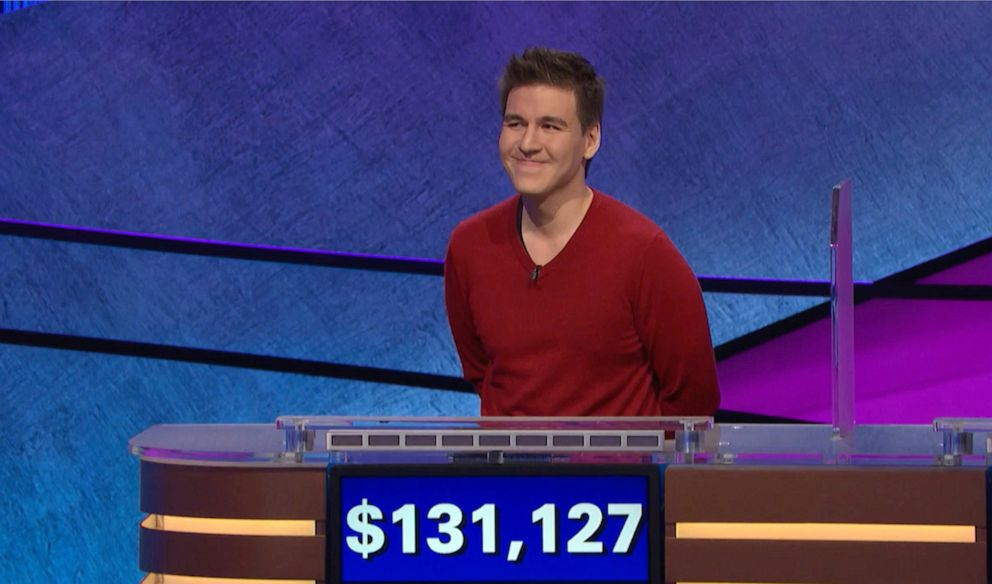 'Jeopardy!' champ James Holzhauer nears Ken Jennings' record