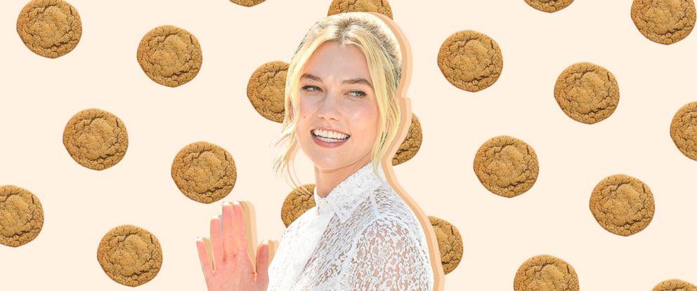PHOTO: 25 Days of Cookies, Karlie Kloss