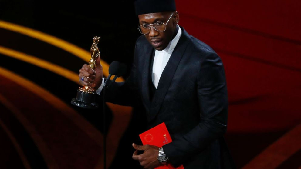 Mahershala Ali wins Oscar for best supporting actor thumbnail