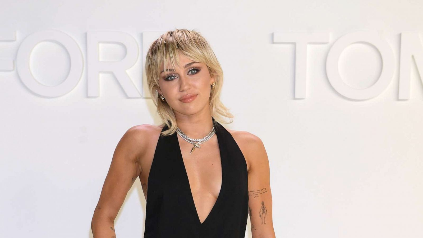 Miley Cyrus Reveals How Her Sobriety Journey Influenced Her New Song Gma