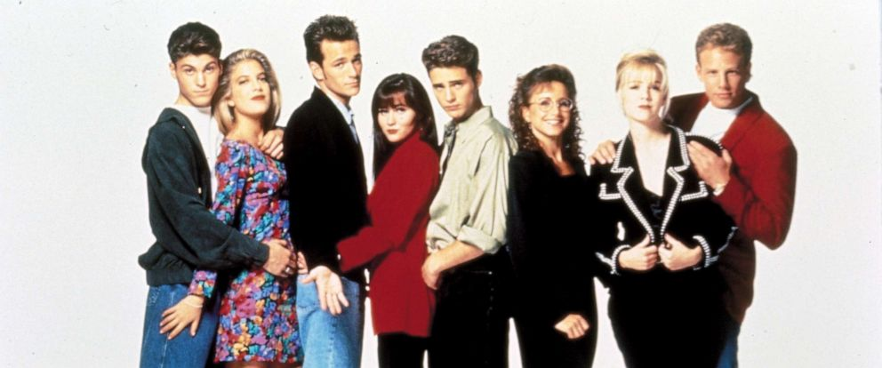 PHOTO: The cast of Beverly Hills 90210.