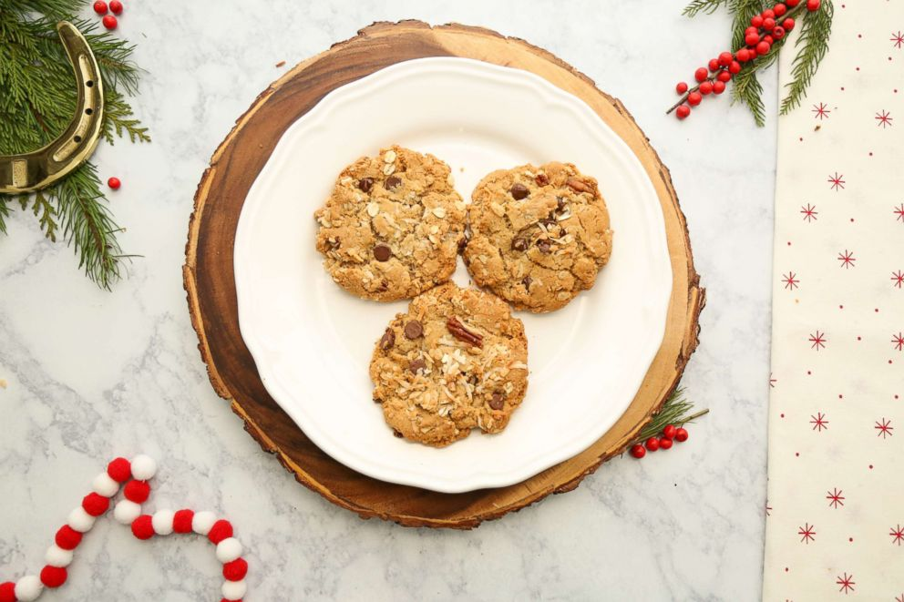 PHOTO: Reese Witherspoons Cowboy Cookies are photographed here.
