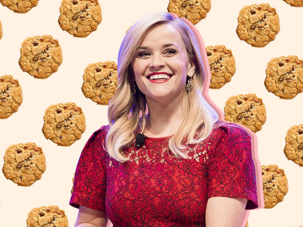PHOTO: 25 Days Of Christmas Reese Witherspoon