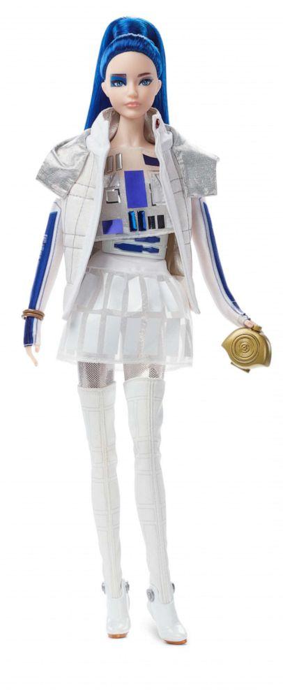 PHOTO: Star Wars™ R2D2 x Barbie® Doll