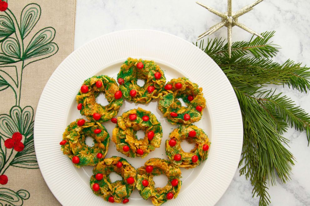 PHOTO: Taste of Homes no-bake holiday cornflake cookies recipe.