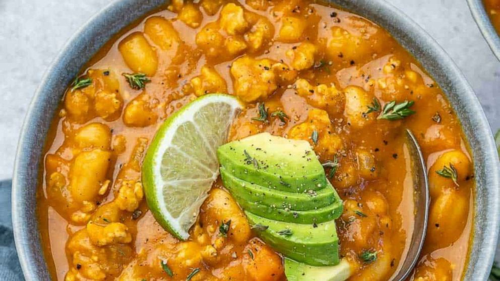 What's for dinner? White bean pumpkin chili with 3 easy cooking methods