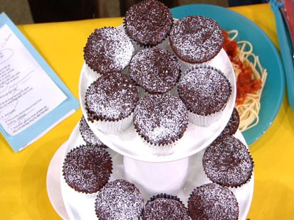 Chocolate Beet Mini-Cakes