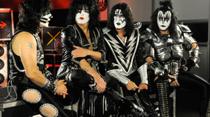 PHOTO Kate Snow goes behind-the-scenes with rock legends Kiss as they prepare for a concert.