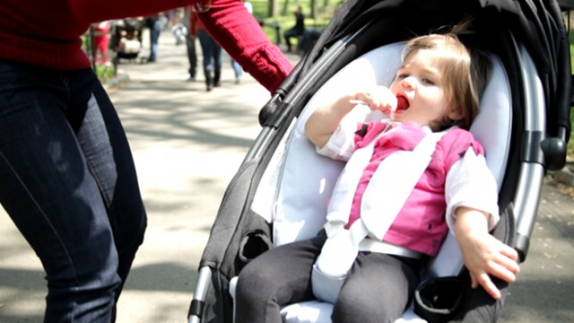 Strollers go way high-tech with the Origami stroller from 4Moms ... | 360x640