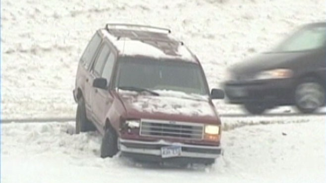 VIDEO: Blizzard prevents many on the East Coast from taking to the roads and air.