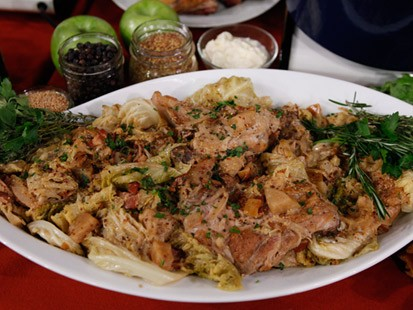 PHOTO Braised Chicken, Savoy Cabbage and Heirloom Apples in Vermont Cider