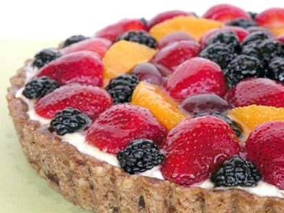 PHOTO: Chef Amy Green prepares a gluten-free fruit tart.