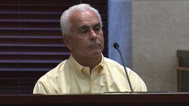 VIDEO: Prosecution and defense focusing on gas cans in George Anthonys garage.