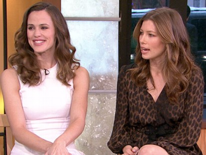 "VIDEO: Jessica Biel and Jennifer Garner discuss their new film, ""Valentines Day."""