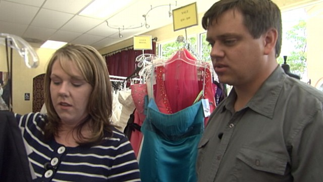 VIDEO: Andrea Canning speaks with women whose husbands played a major role in nuptials.