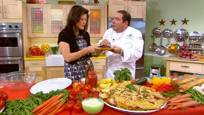 VIDEO: The chef prepares pasta primavera, garlic bread and a berry dessert.