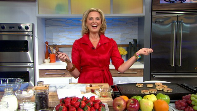 Ann Romney Cooks Up Welsh Cakes on 'GMA'