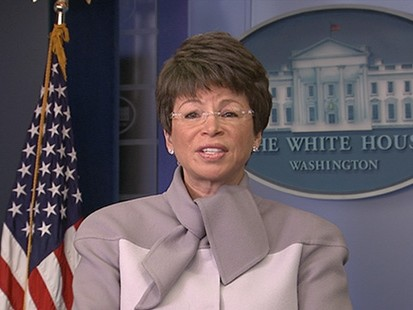 VIDEO: White House Reacts to Robertson Statement