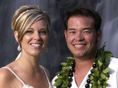 "VIDEO: ""Jon and Kate"" calls it quits after 10 years of marriage."