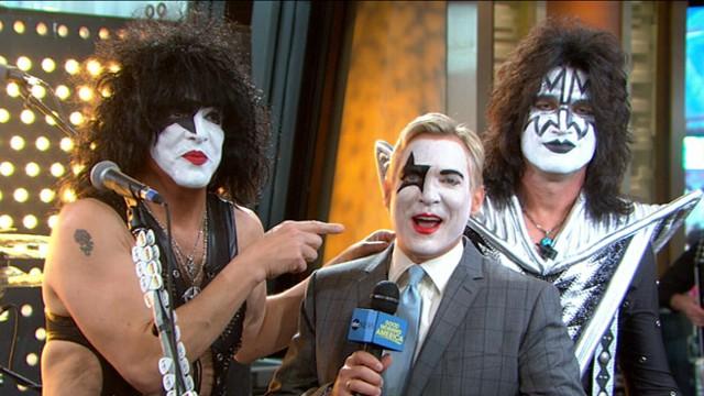 KISS Singers Paul Stanley, Gene Simmons Discuss New Album, 'Monster'
