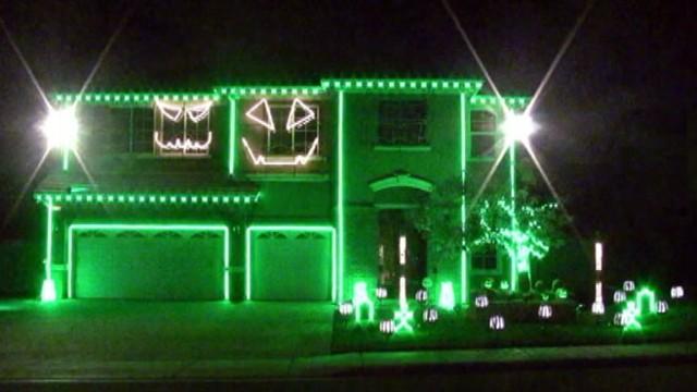 halloween light show house the halloween