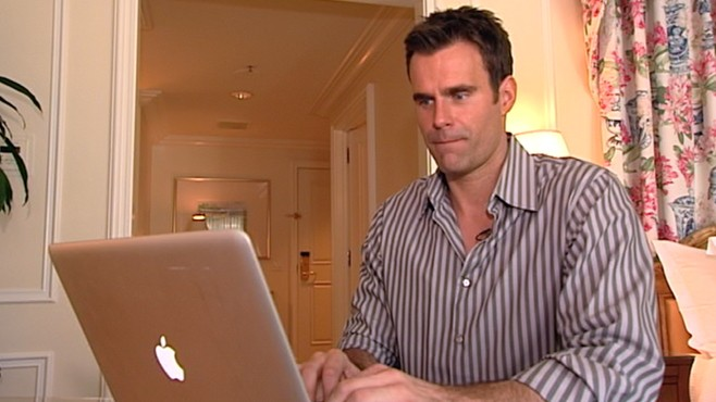 VIDEO: Cameron Mathison saves the day for V-Day procrastinators who need gift ideas.